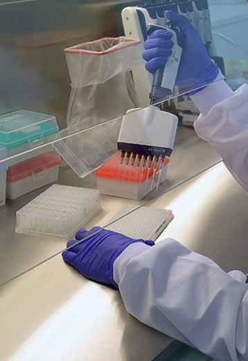 Laboratoire de médecine génomique SeqOIA l Plan France Médecine Génomique 2025